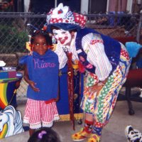 Top clowns for birthday parties in maryland for Face painting clowns for birthday parties